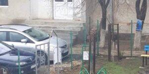 ГЕРБ сигнализира за непремахнати плакати до СИК в руенско село