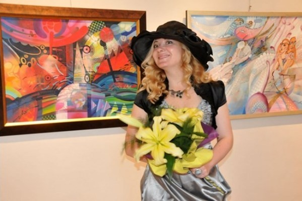 Лора Янева – живот в изкуството
