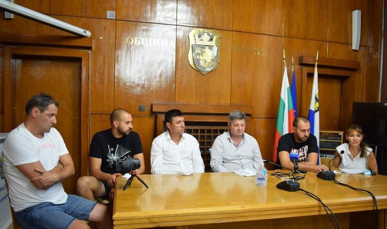 """Проектът """"Дея"""" се цели в шампионски медали и създаване на бъдещи елитни волейболисти"""